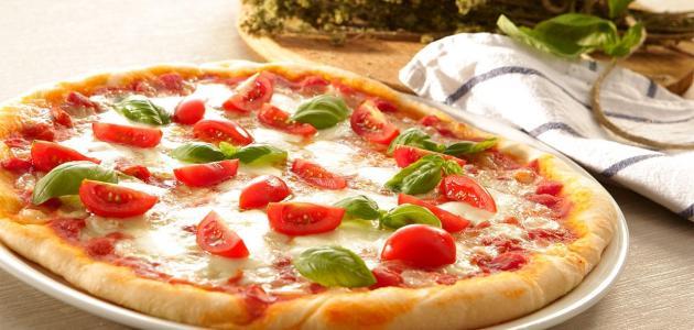 طريقة عمل بيتزا سهلة واقتصادية